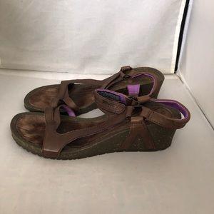 Teva women's Cabrillo wedge sandals 9